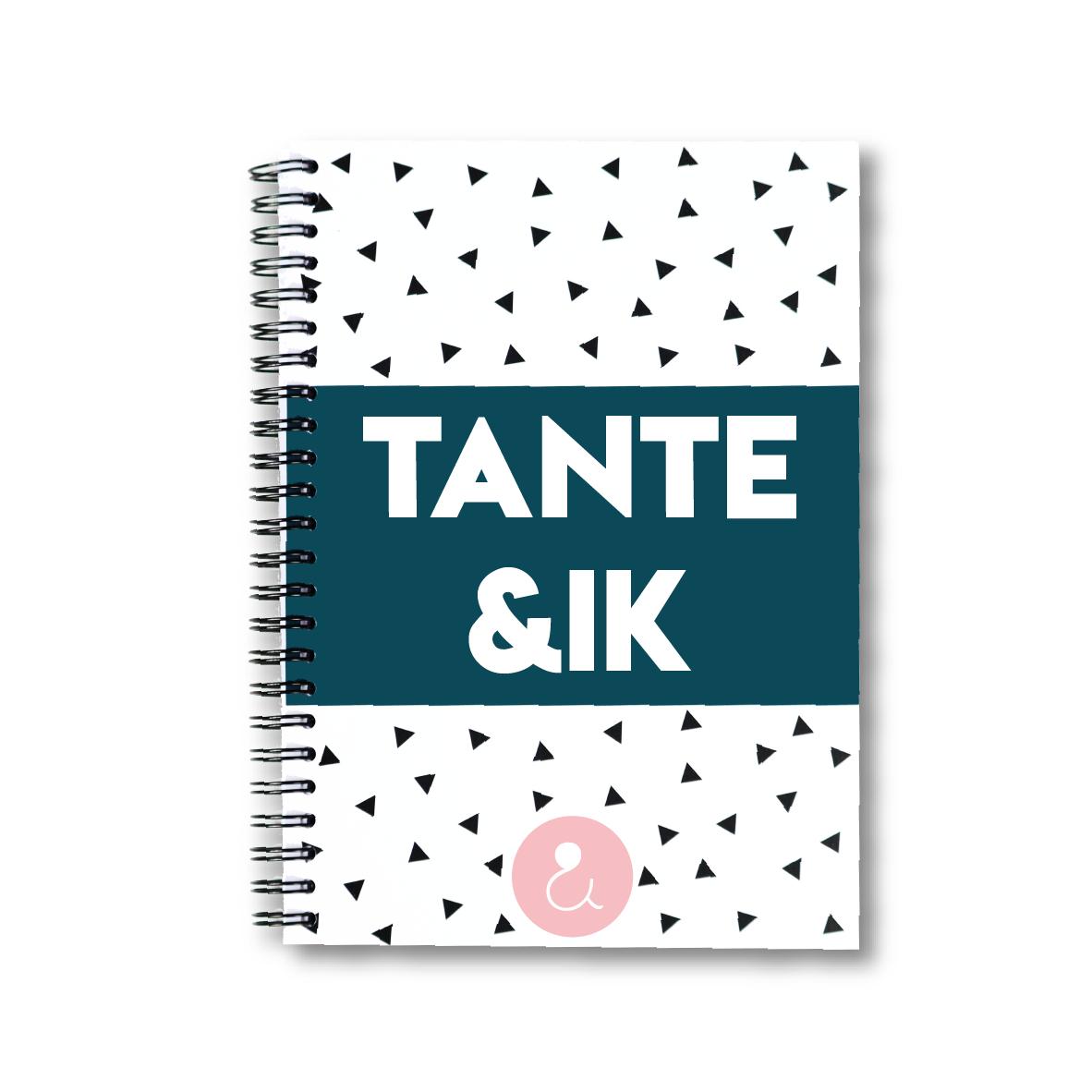 Tante&ik   invulboek voor tante (roze stip)